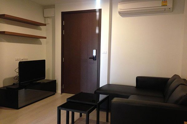 Rhythm-Sathorn-Narathiwas-Bangkok-condo-1-bedroom-for-sale-12