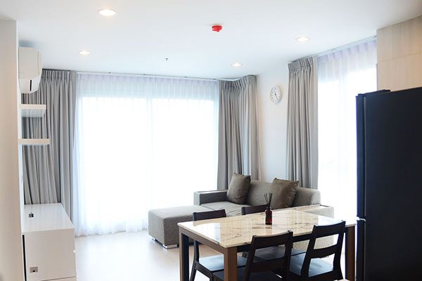 Rhythm-Sathorn-Narathiwas-Bangkok-condo-2-bedroom-for-sale-2