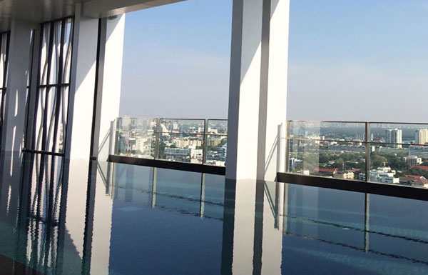 Rhythm-Sathorn-Bangkok-condo-for-sale-Narathiwas3